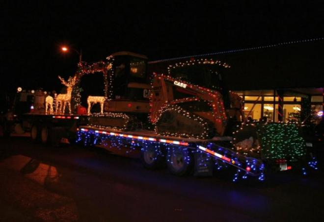 Yule Night Parade in Philipsburg